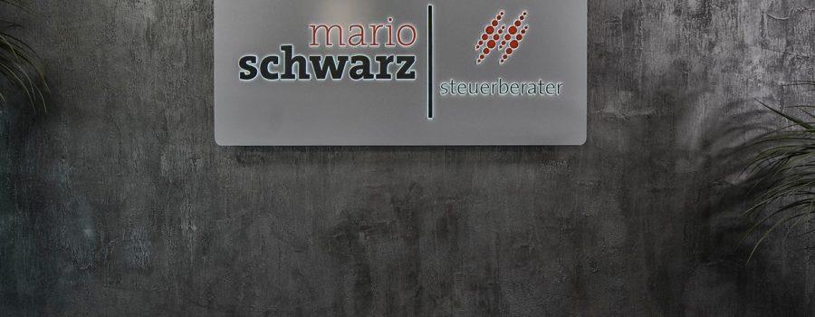 Fotoshooting: Schwarz Steuerbüro